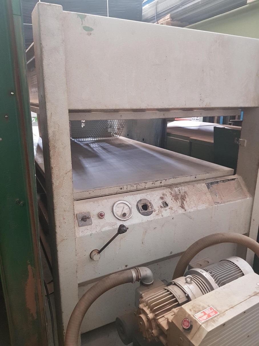 Premsa ORMA MACHINE 2500x1300