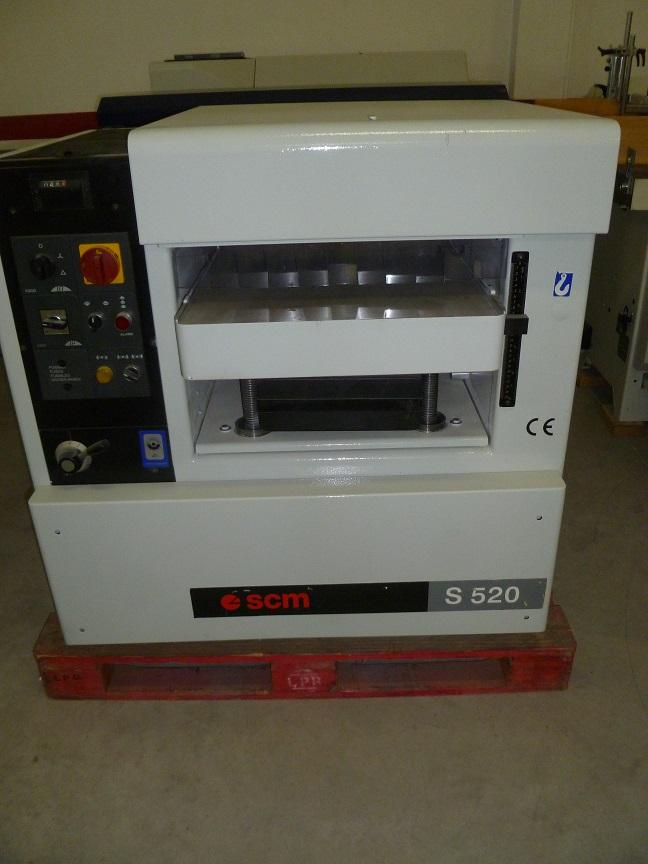 Regruesadora SCM S52